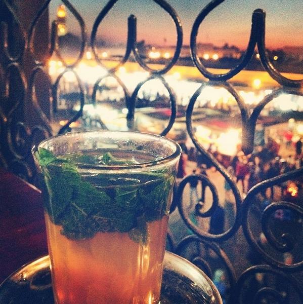 Thé à la menthe au Café de la Poste à Marrakech