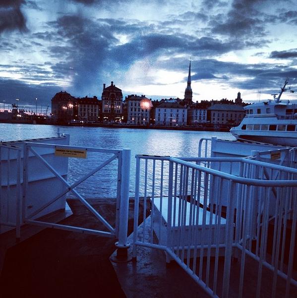 Bateau pour aller à Skansen à Stockholm