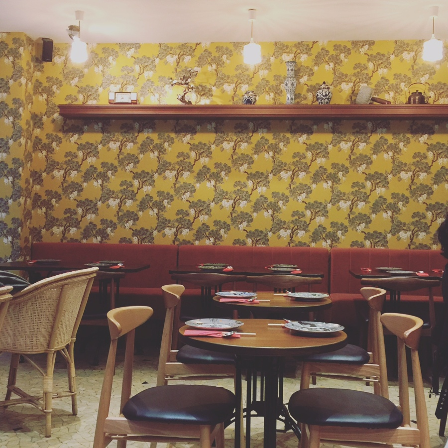 restaurant_yoom_rue_des_dames_paris
