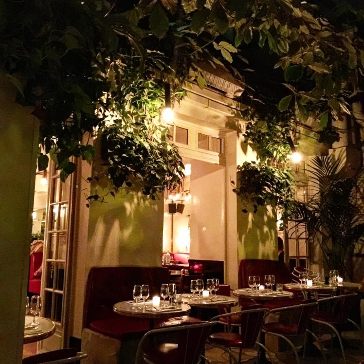 veranda_hotel_amour