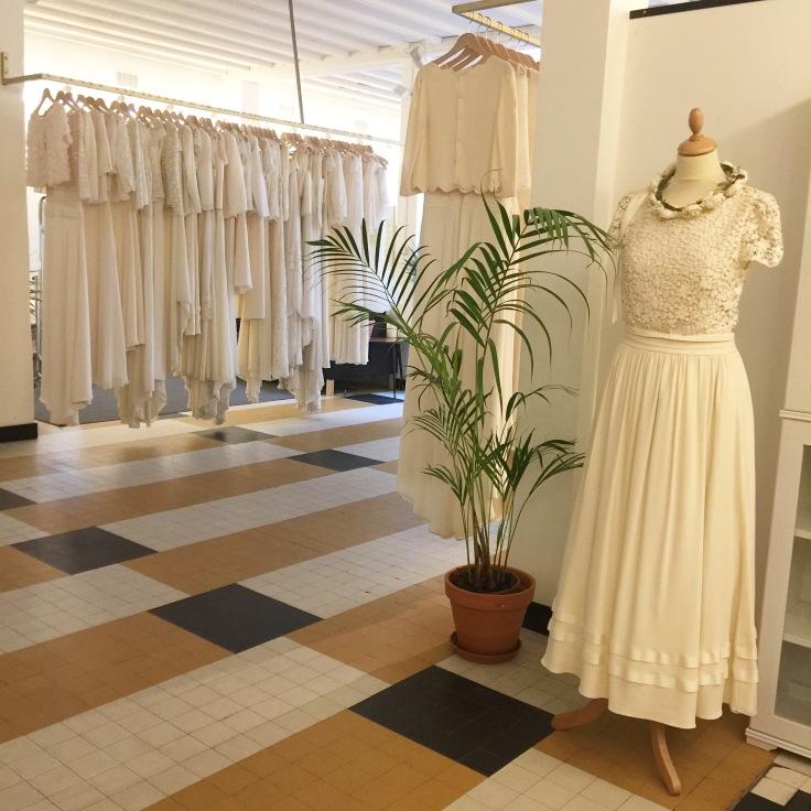 showroom Lauren de Sagazan essayages robe de mariée