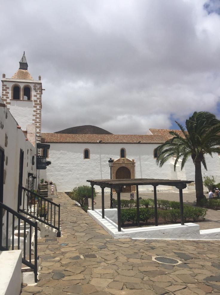 fuerteventura-ile-canaries-village-betancuria