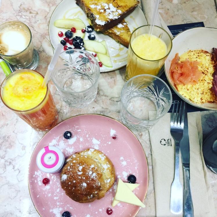 coffee shop café foufou